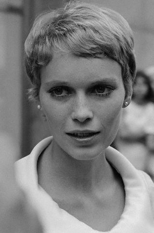 Forever Young Mia Farrow 2pf