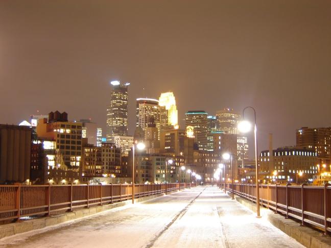 Downtown_Minneapolis_at_night